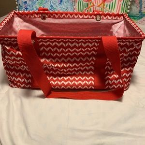 Thirty-One Medium Utility Tote Chevron Dash